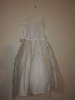 Flower girl dress for Sale in Hesperia, CA