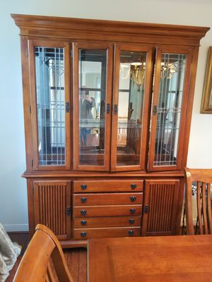 Dinning room seats ten with extension and beautiful hutch for Sale in Thousand Oaks, CA