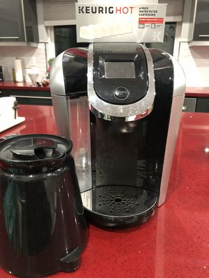Keurig 2.0 Coffee Maker with carafe and 6pk water filter for Sale in Burbank, CA