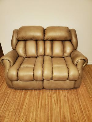 3 piece sofa and couch for Sale in Wahneta, FL