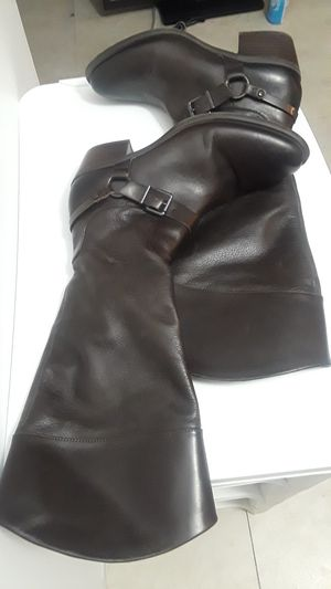Vince Camuto chocolate ladies size 10 boots. Wore a few times. Great condition as you can see. Normally for Sale in Dallas, TX