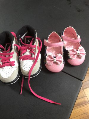 Baby girl shoes both shoes $10 for Sale in Alexandria, VA