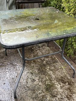 Outdoor Glass Top Patio Table for Sale in Tigard,  OR