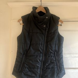 REI Women's Black Vest W/ Asymmetric Zip for Sale in Portland, OR