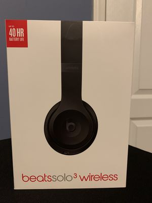 Beats solo 3 for Sale in Hartford, CT