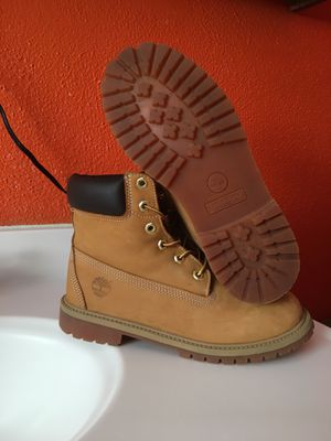 Timberlands boots sz 6.5 for Sale in Dallas, TX