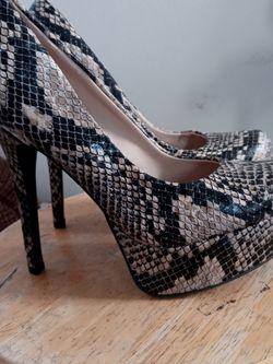 Women's Olsenboye Faux Snakeskin Heels for Sale in Riverside,  CA