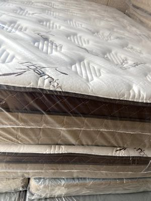 Matress and box spring for Sale in Phoenix, AZ