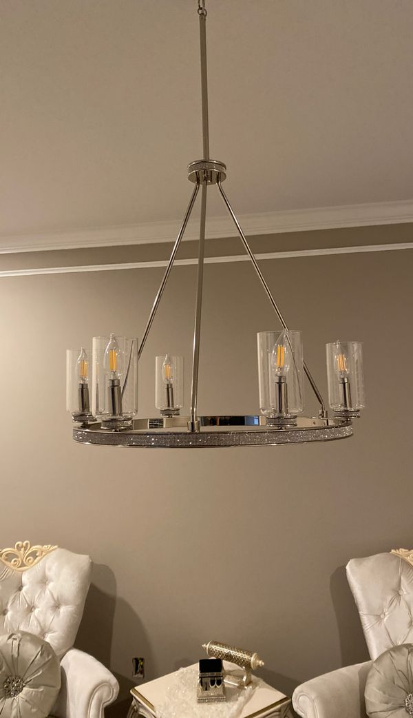Luxurious Chandelier, 6 Lamp, Modern Style
