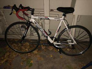 """Men's Genesis Saber Road Racing Bike 700c 21-Speed Drop Bar Aluminum – 23″"" for Sale in Denver, CO"