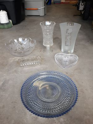 6 brand new crystal home decor vases plates serving trays etc for Sale in Miami Gardens, FL