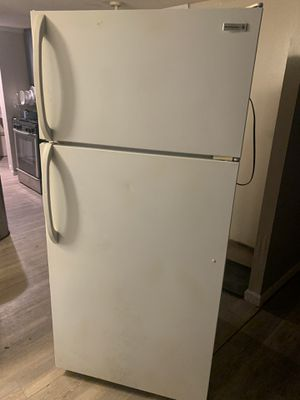 Refrigerator for Sale in Douglasville, GA