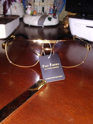 Cartier clear men's glasses very classy blk & gold for Sale in Cleveland, OH