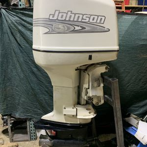 """2001 Johnson Carb 250 Hp 25"""" Shaft Runs Great Evinrude Outboard for Sale in Miami, FL"""