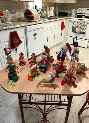 Annals Christmas dolls. for Sale in Lakeland, FL