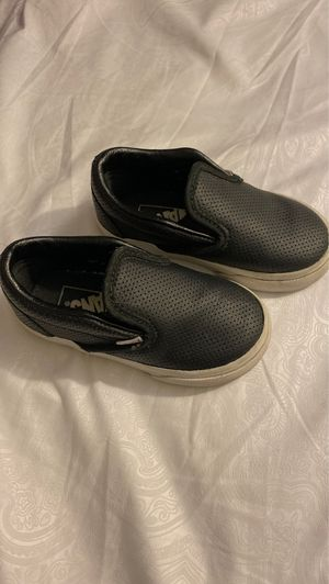Toddler leather vans size 6 for Sale in Anaheim, CA