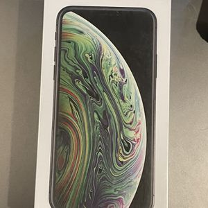 iPhone XS 64gb Unlocked New for Sale in St. Clair Shores, MI
