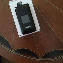 Alcatel Flip Phone Used 3 Months for Sale in Zephyrhills,  FL