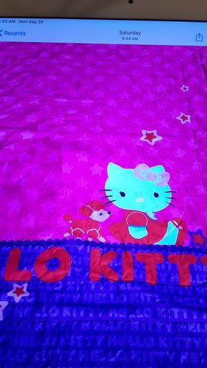 Hello kitty bedding set for Sale in San Marcos, TX