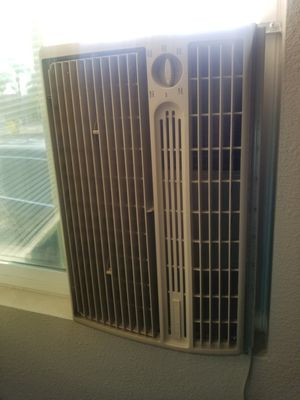 Cooler in great condition for Sale in Bloomington, CA