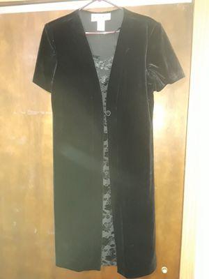 Black velour dress for Sale in Wheaton, IL