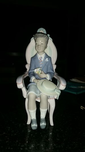 Lladro figurine for Sale in Beaumont, CA