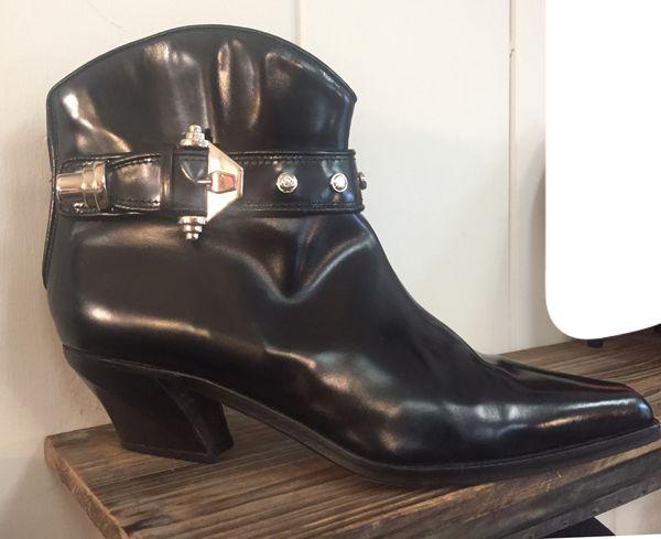 VIGA SPIGA Size 6M Neiman Marcus Black Leather Booties - Almost New Condition!!