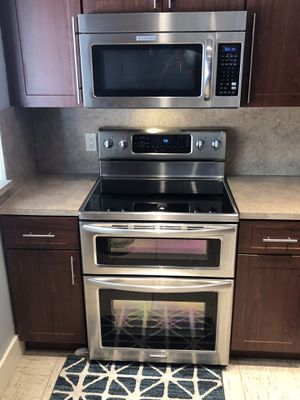 Full set of stainless steel Kitchen Aid appliances for Sale in North Miami, FL