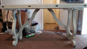 Flip top console table 100$ for Sale in HUNTINGTN BCH, CA