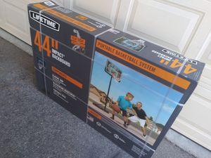 Lifetime portable basketball hoop for Sale in Glendale, CA