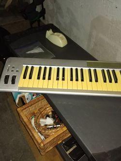M Audio Keystation 49e Midi Controller for Sale in Englewood Cliffs,  NJ