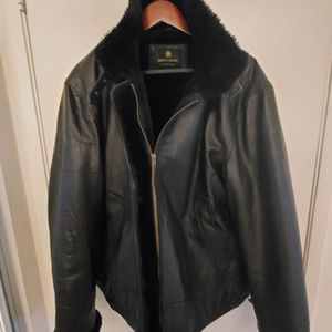 Genuine Leather Black Xl Coat for Sale in University Place, WA