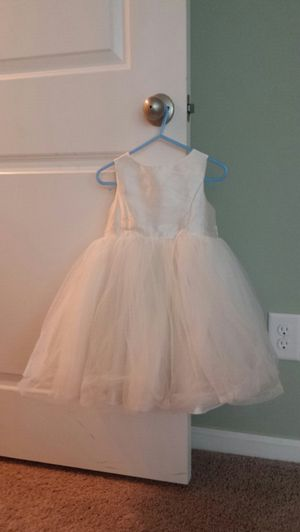 David's Bridal flower girl dress, size 3 for Sale in Cary, NC