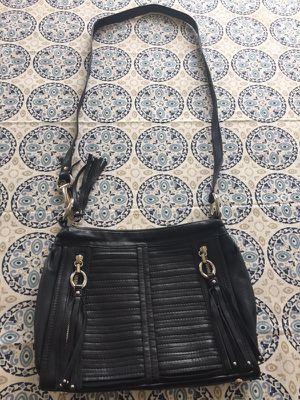 Black leather B Makowsky Crossbody purse for Sale in Wenatchee, WA