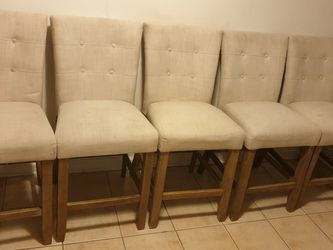 5 Stools Need Simple Clean for Sale in Silver Spring,  MD