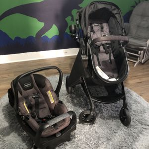 Even flo pivot travel system stroller set for Sale in Woolwich Township, NJ