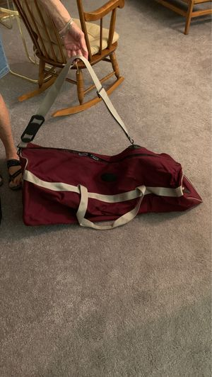 Large duffle bag with short and shoulder strap for Sale in Fort Lauderdale, FL