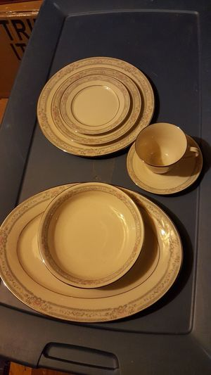 Lenox China for Sale in Wells, ME