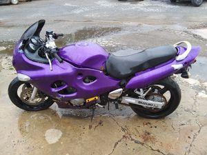 2001 Suzuki Katana 600 no title will run of carburetors are clean repeat no title $400 for Sale in Lowell, NC