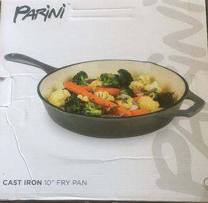 """Cast Iron 10"""" fry pan for Sale in Los Angeles, CA"""
