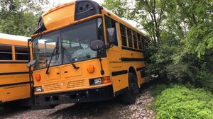 2013 IC SCHOOL BUS NOT RUNNING MUST TOW CLEAN TITLE 68k miles for Sale in Hillcrest Heights, MD