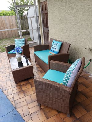 Patio furniture/outdoor furniture/patio set/outdoor set/patio seating/outdoor seating set/balcony set/muebles de patio balcon o terraza. for Sale in West Park, FL