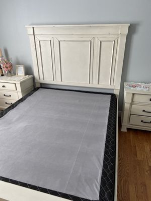 Queen Mattress Box Spring 9 inch - Brand New for Sale in Yonkers, NY