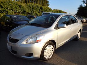 2012 Toyota Yaris Gas saver for Sale in Newark, CA