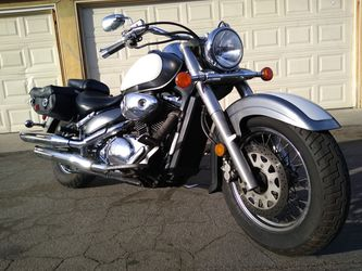 2003 Suzuki VL800 Clean Title In Hand Tags Current for Sale in Fountain Valley,  CA