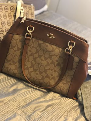 Coach hand an shoulder bag . Never used for Sale in Hyattsville, MD