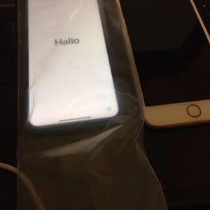 Apple iPhone 11 128GB Purple Fully Unlocked for Sale in Chicago, IL