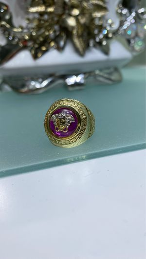 VERSACE MEN GOLD 10K RING - ANILLO VERSACE DE HOMBRE ORO10K for Sale in West Miami, FL