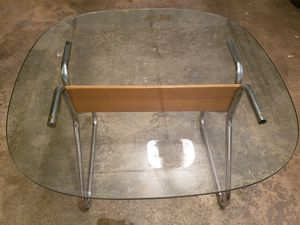 Glass Dining Table for Sale in Auburn, WA
