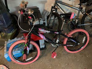 18 inch girls bike for Sale in Streamwood, IL